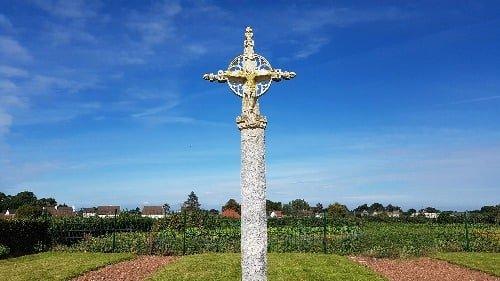 La croix du cimetière Yzengremer